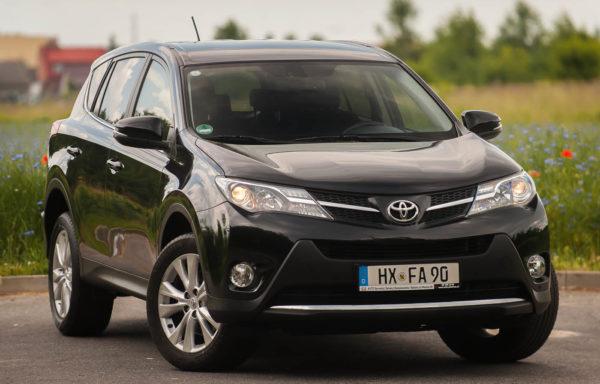 TOYOTA RAV4 PRESTIGE 2,0 BENZYNA 150KM AUTOMAT 4WD  84500km 2013R